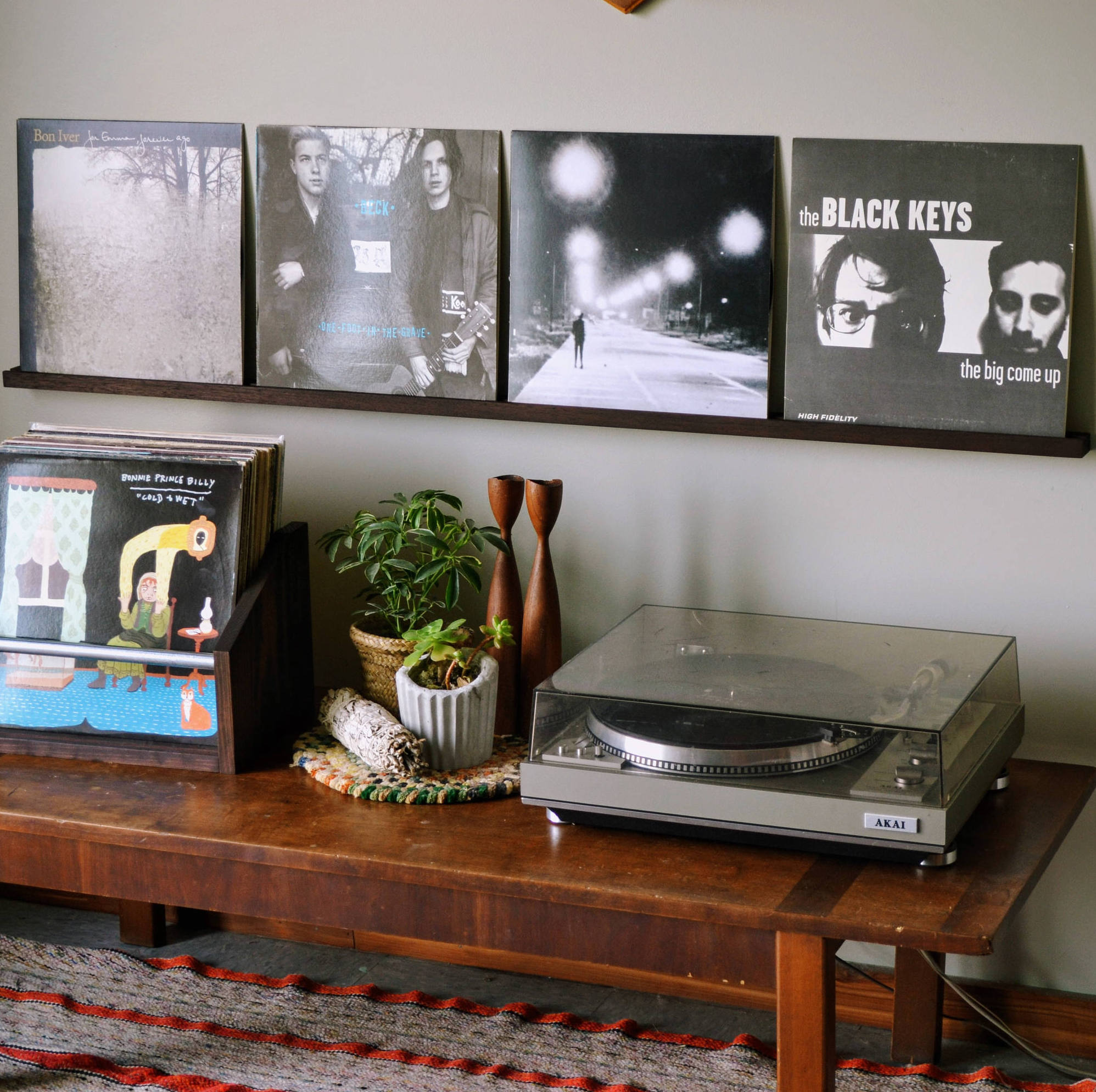 Here's How You Can Turn Your House Into A Record Collector's Dream Crib